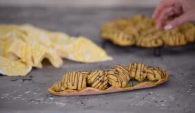 Soft Pumpkin Cookies With Chocolate